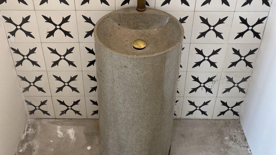 Lavabo beton mài dáng trụ – LM 06